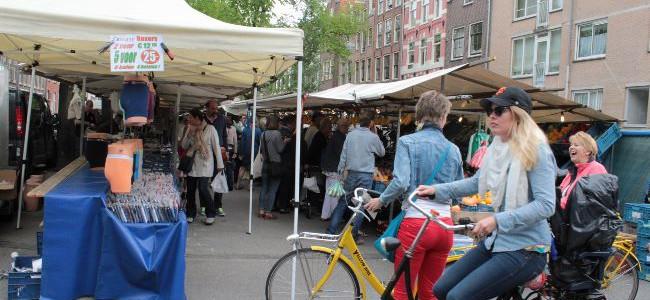 アムステルダムの市場と地ビール