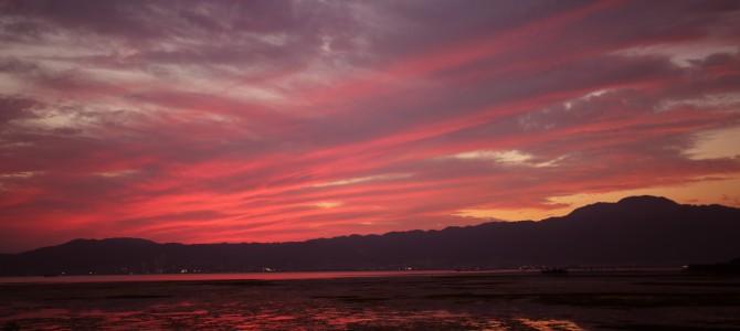 さざなみ街道から楽しむびわ湖と比叡山の夕景
