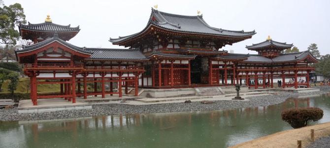 雪降る平等院鳳凰堂-京都宇治-
