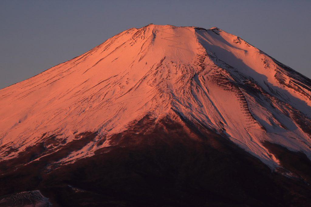 山中湖から観た紅富士
